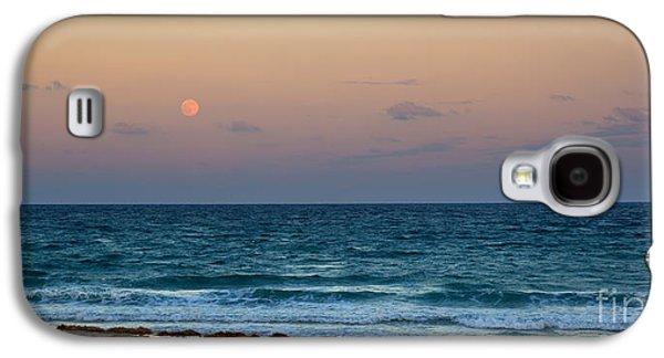 Sea Moon Full Moon Galaxy S4 Cases - Hunters Moon Galaxy S4 Case by Michelle Wiarda