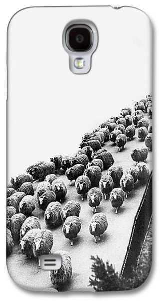 Hyde Park Sheep Flock Galaxy S4 Case by Underwood Archives