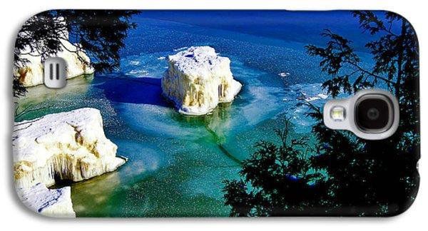 Original Photographs Galaxy S4 Cases - Ice-berg Door County Wisconsin Galaxy S4 Case by Carol Toepke