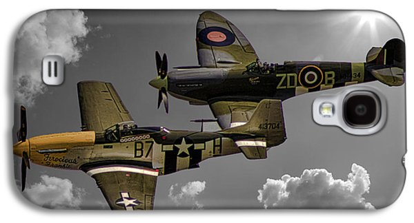 Airplane Photographs Galaxy S4 Cases - In Flight Galaxy S4 Case by Martin Newman