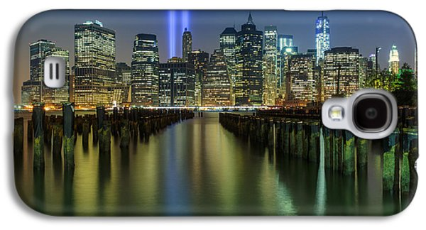 Landscape Photographs Galaxy S4 Cases - In Memoriam Galaxy S4 Case by Rick Berk