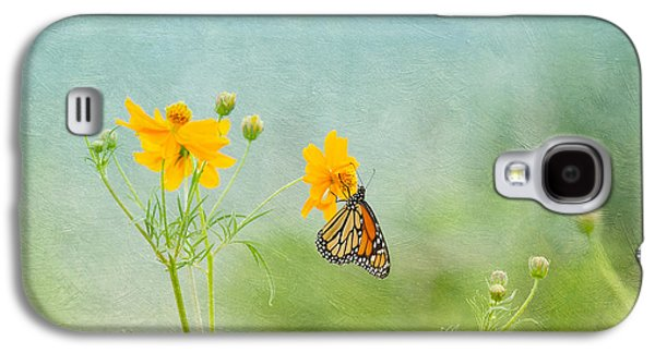 Kim Photographs Galaxy S4 Cases - In The Garden - Monarch Butterfly Galaxy S4 Case by Kim Hojnacki