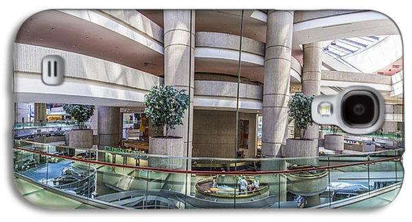 Renaissance Center Galaxy S4 Cases - Inside the Renaissance Center in Detroit Galaxy S4 Case by John McGraw