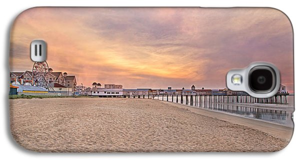 Old Maine Houses Galaxy S4 Cases - Inspirational Theater Old Orchard Beach  Galaxy S4 Case by Betsy A  Cutler
