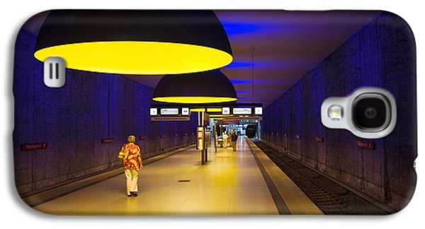 Bahn Galaxy S4 Cases - Interiors Of An Underground Station Galaxy S4 Case by Panoramic Images