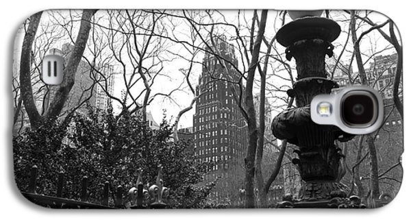 Bryant Park Galaxy S4 Cases - Into Bryant Park mono Galaxy S4 Case by John Rizzuto
