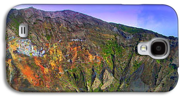 Studio Photographs Galaxy S4 Cases - Irazu Volcano Crater Panorama Galaxy S4 Case by Al Bourassa
