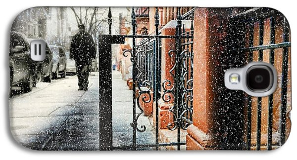 Snowy Day Galaxy S4 Cases - It Snows in Harlem Galaxy S4 Case by Diana Angstadt