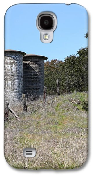 Pastoral Vineyards Galaxy S4 Cases - Jack London Ranch Silos 5D22146 Galaxy S4 Case by Wingsdomain Art and Photography