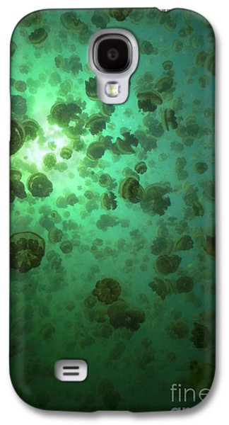 Plankton Galaxy S4 Cases - Jellyfish swarm Galaxy S4 Case by Aaron Whittemore