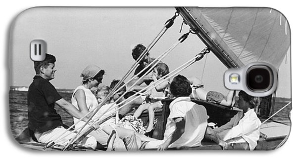 John Kennedy With Robert And Jacqueline Sailing Galaxy S4 Case by The Phillip Harrington Collection