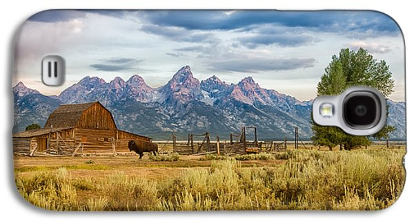 John Moulton Barn - Grand Teton National Park Galaxy S4 Case by Andres Leon