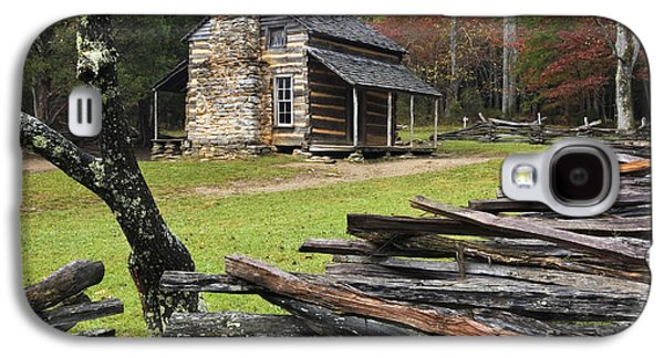 Split Rail Fence Galaxy S4 Cases - John Oliver Cabin - D000352 Galaxy S4 Case by Daniel Dempster
