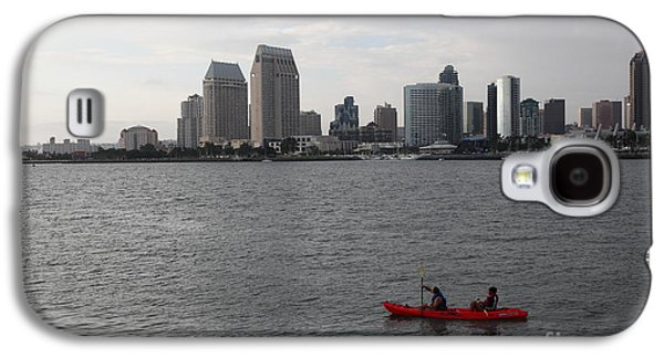 Gas Lamp Photographs Galaxy S4 Cases - Kayaking Along The San Diego Harbor Overlooking The San Diego Skyline 5D24376 Galaxy S4 Case by Wingsdomain Art and Photography
