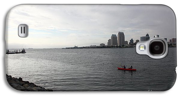 Gas Lamp Photographs Galaxy S4 Cases - Kayaking Along The San Diego Harbor Overlooking The San Diego Skyline 5D24377 Galaxy S4 Case by Wingsdomain Art and Photography