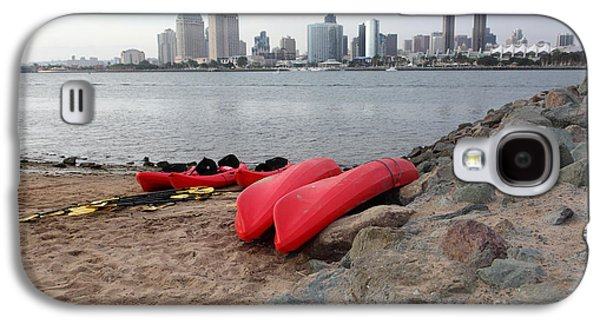 Gas Lamp Photographs Galaxy S4 Cases - Kayaks On Coronado Island Overlooking The San Diego Skyline 5D24368 Galaxy S4 Case by Wingsdomain Art and Photography