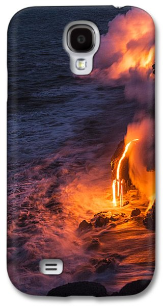 Glow Photographs Galaxy S4 Cases - Kilauea Volcano Lava Flow Sea Entry 6 - The Big Island Hawaii Galaxy S4 Case by Brian Harig