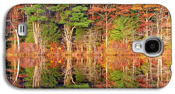 Waterscape Galaxy S4 Cases - Killingly Autumn Reflections VI Galaxy S4 Case by Lili Feinstein