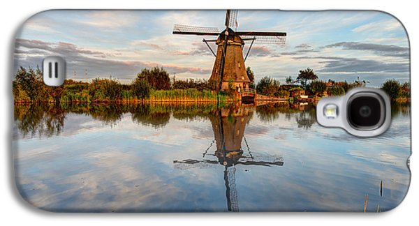 Structures Galaxy S4 Cases - Kinderdijk Galaxy S4 Case by Chad Dutson