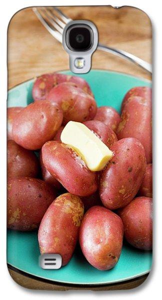King Edward Potatoes On A Plate Galaxy S4 Case by Aberration Films Ltd