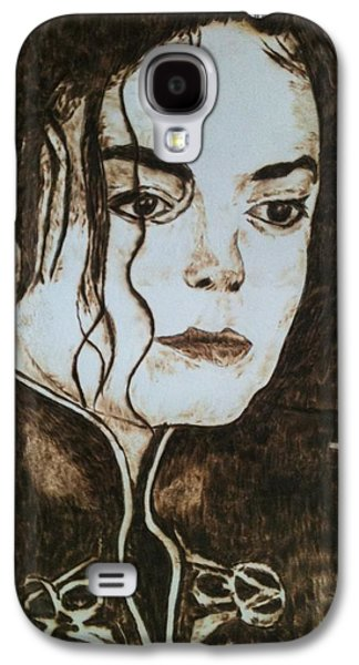 Celebrities Pyrography Galaxy S4 Cases - King of pop Galaxy S4 Case by Dale Bradley