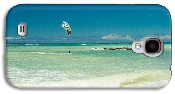 Kite Surfing Galaxy S4 Cases - Kite Beach Kanaha Maui Hawaii Galaxy S4 Case by Sharon Mau