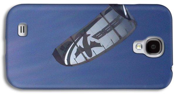 Kite Surfing Galaxy S4 Cases - Kite surfing 2 Galaxy S4 Case by Heather L Giltner