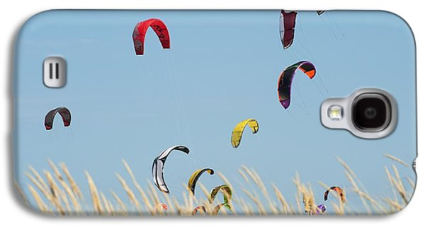 Kite Surfing Galaxy S4 Cases - Kites Of Kite Surfers In Front Of Hotel Galaxy S4 Case by Ben Welsh