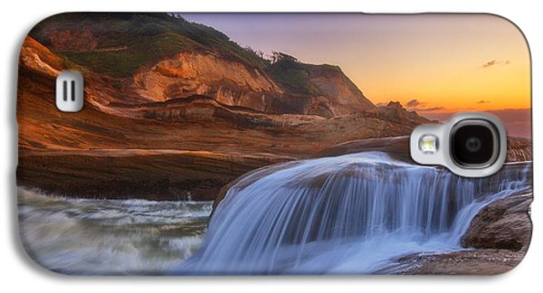 Landscape Acrylic Prints Galaxy S4 Cases - Kiwanda Cascade Galaxy S4 Case by Darren  White
