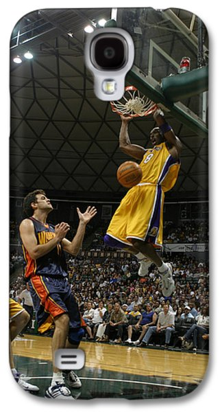 Kobe Galaxy S4 Cases - Kobe Bryant Dunk Galaxy S4 Case by Mountain Dreams