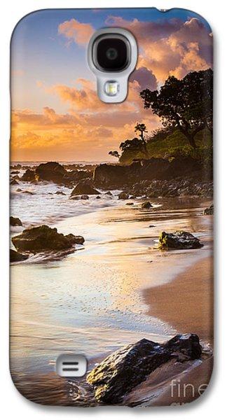 Splashy Photographs Galaxy S4 Cases - Koki Beach Sunrise Galaxy S4 Case by Inge Johnsson
