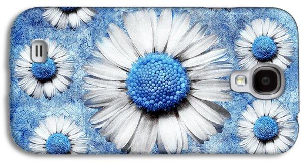 Floral Digital Art Digital Art Galaxy S4 Cases - La Ronde Des Marguerites - Blue v05 Galaxy S4 Case by Variance Collections