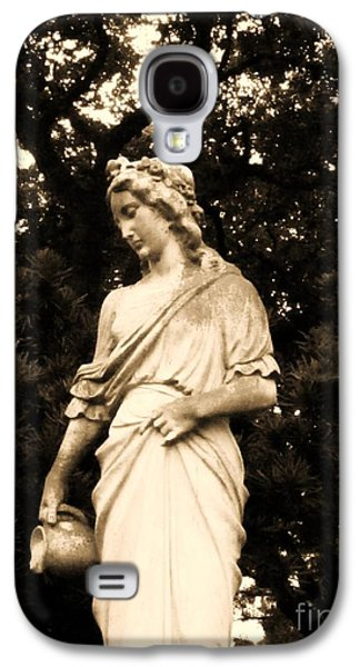 Usa Sculptures Galaxy S4 Cases - Lady With Water I Galaxy S4 Case by Nathan Little