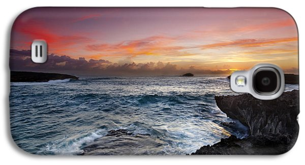 Ocean Art Photography Galaxy S4 Cases - Laie Point Sunrise Galaxy S4 Case by Sean Davey