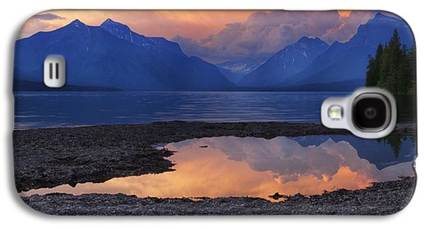 Beauty Mark Galaxy S4 Cases - Lake McDonald Sunset Galaxy S4 Case by Mark Kiver