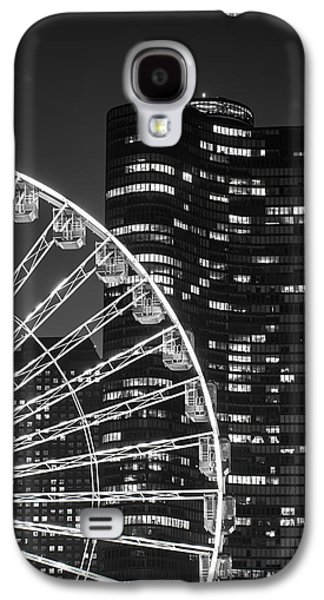 Life Photographs Galaxy S4 Cases - Lake Point Tower Galaxy S4 Case by Sebastian Musial