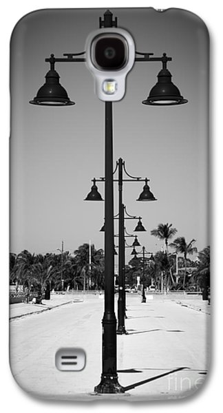 Candid Photographs Galaxy S4 Cases - Lamp Posts White Street Pier Key West - Black and White Galaxy S4 Case by Ian Monk