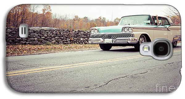 Auto Photographs Galaxy S4 Cases - Late model vintage two tone car on the road Galaxy S4 Case by Edward Fielding