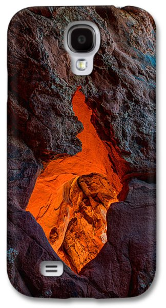 Red Rock Photographs Galaxy S4 Cases - Lava Glow Galaxy S4 Case by Chad Dutson