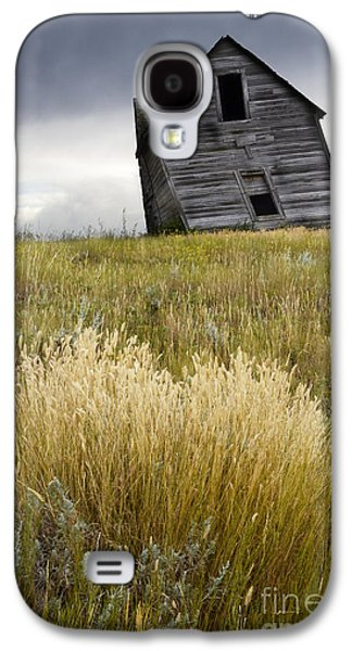 Old Western Photos Galaxy S4 Cases - Leaning A Little Galaxy S4 Case by Bob Christopher