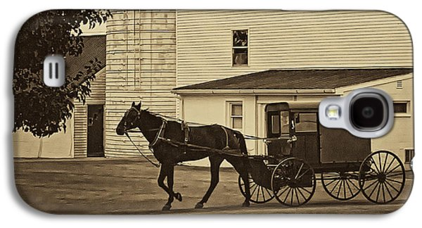 Amish Photographs Galaxy S4 Cases - Leaving the Farm Galaxy S4 Case by Priscilla Burgers