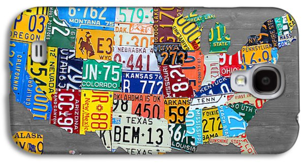 License Plate Map Of The United States On Gray Wood Boards Galaxy S4 Case by Design Turnpike
