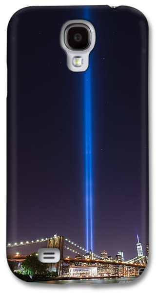Manhatan Galaxy S4 Cases - Lighting Up The Sky  Galaxy S4 Case by Michael Ver Sprill