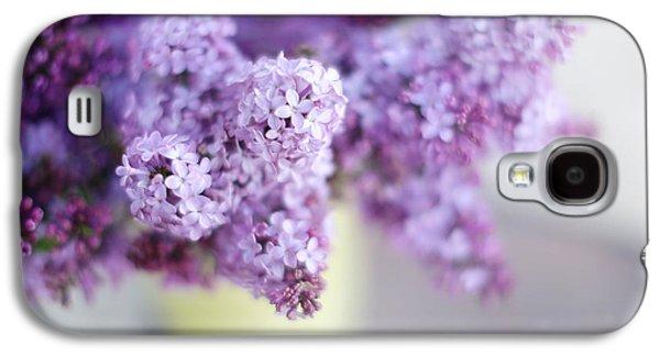 Lilacs Galaxy S4 Cases - Lilacs in a Vase Galaxy S4 Case by Rebecca Cozart