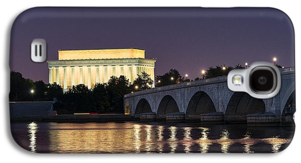 Landmarks Photographs Galaxy S4 Cases - Lincoln Memorial  Galaxy S4 Case by John Greim