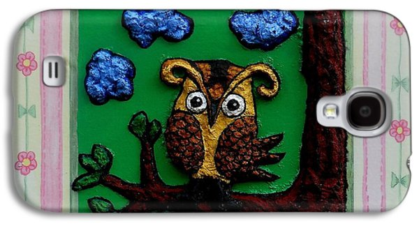 Yellow Beak Paintings Galaxy S4 Cases - Lint Owl Galaxy S4 Case by Genevieve Esson