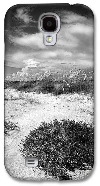 Sand Dunes Galaxy S4 Cases - Listen to The Slience Galaxy S4 Case by Marvin Spates