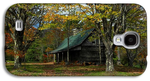 Log Cabin Photographs Galaxy S4 Cases - Little Cabin in the Woods Galaxy S4 Case by Benanne Stiens