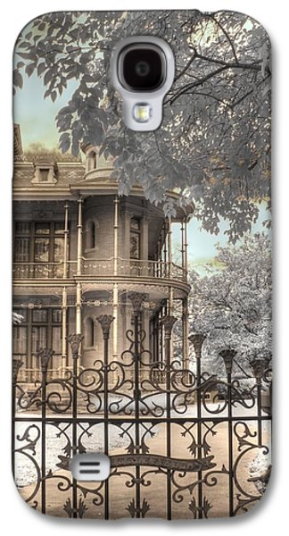 The Haunted House Galaxy S4 Cases - Littlefield home Galaxy S4 Case by Jane Linders