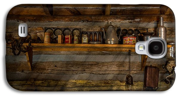 Log Cabin Interiors Galaxy S4 Cases - Log cabin Shelf Galaxy S4 Case by Paul Freidlund